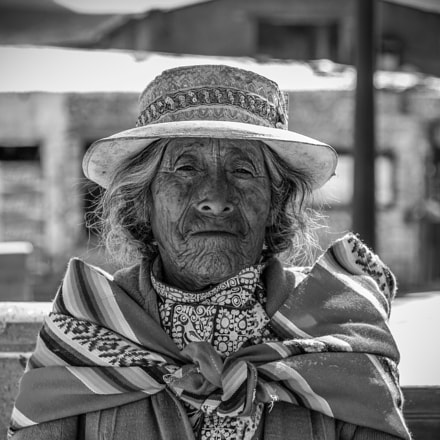 OLD WOMAN, Canon EOS 600D, Canon EF 135mm f/2.8 Soft
