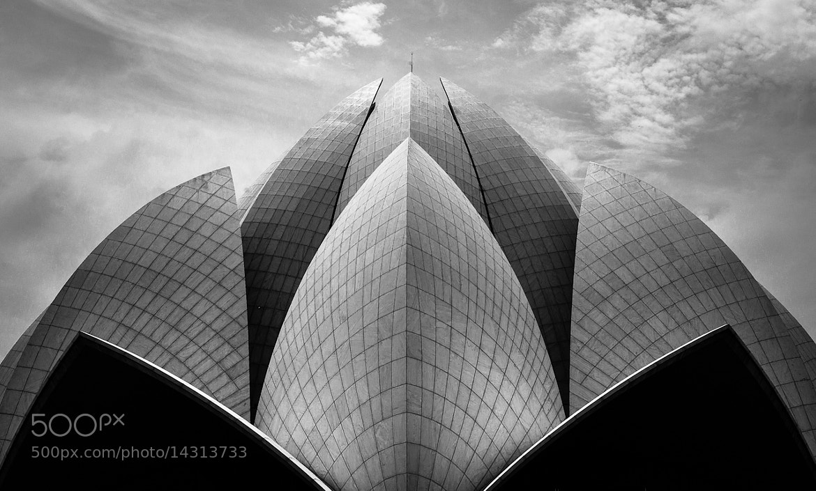 Photograph Lotus Temple - New Delhi by Arthur Fuse on 500px