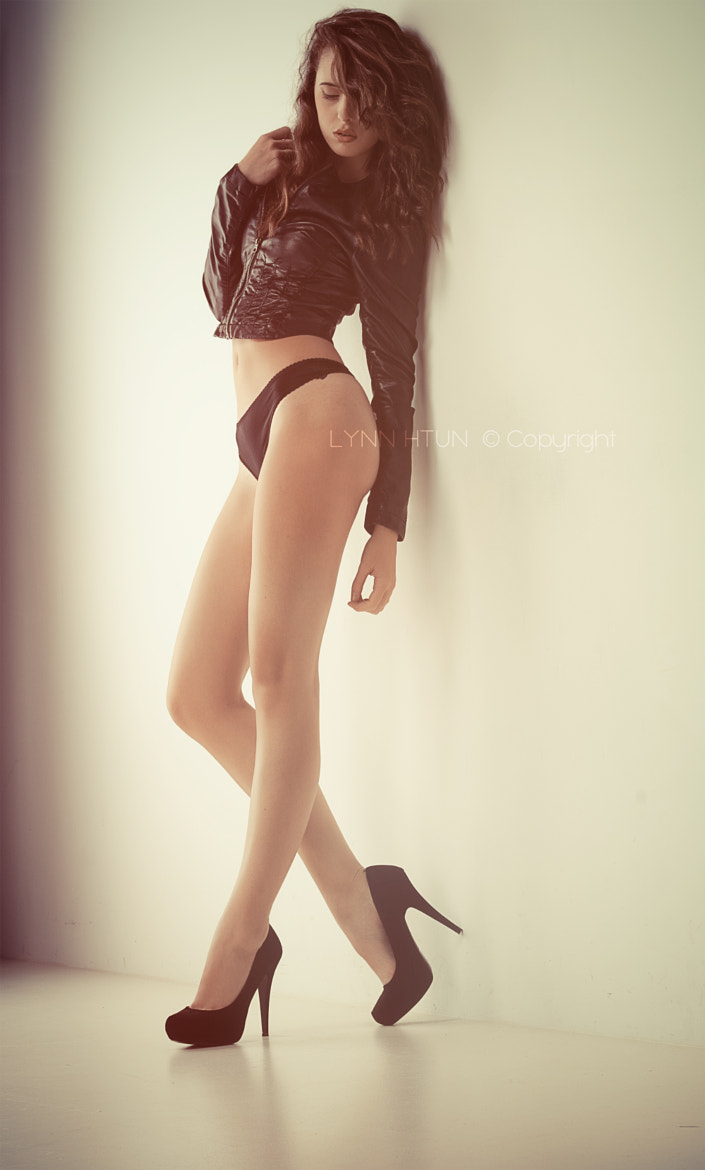 Photograph LCD by Lynn Htun on 500px