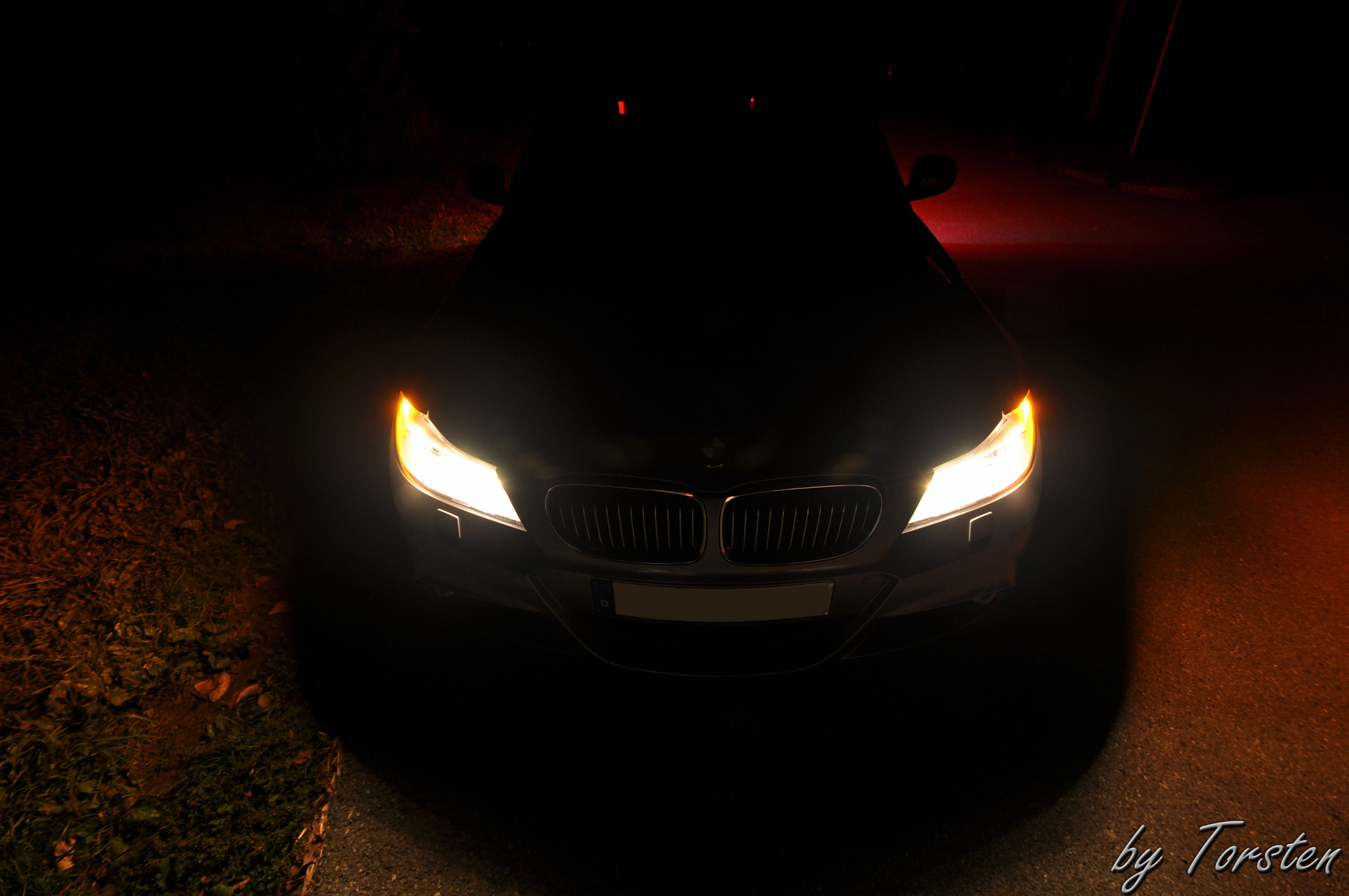 Photograph BMW 325 by Night by Torsten Trunz on 500px
