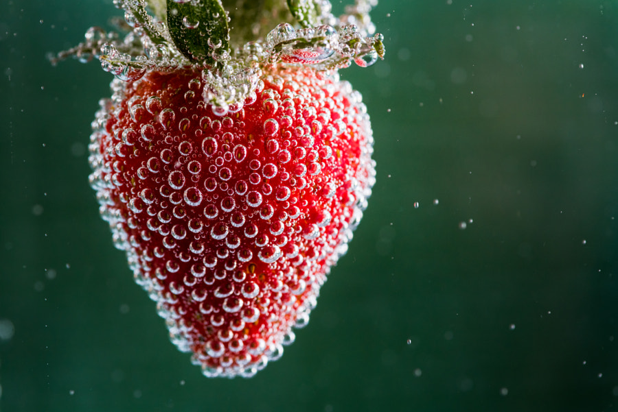 Strawberry by Laurens Kaldeway on 500px.com