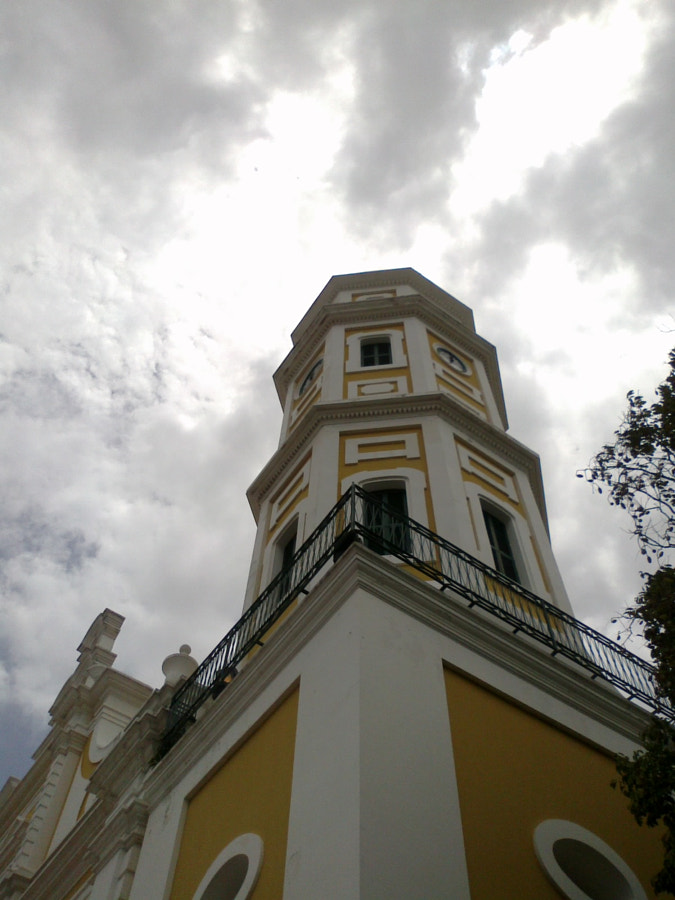 Bell tower of Cathedral of Ciudad Bolívar by Félix Urbina on 500px.com