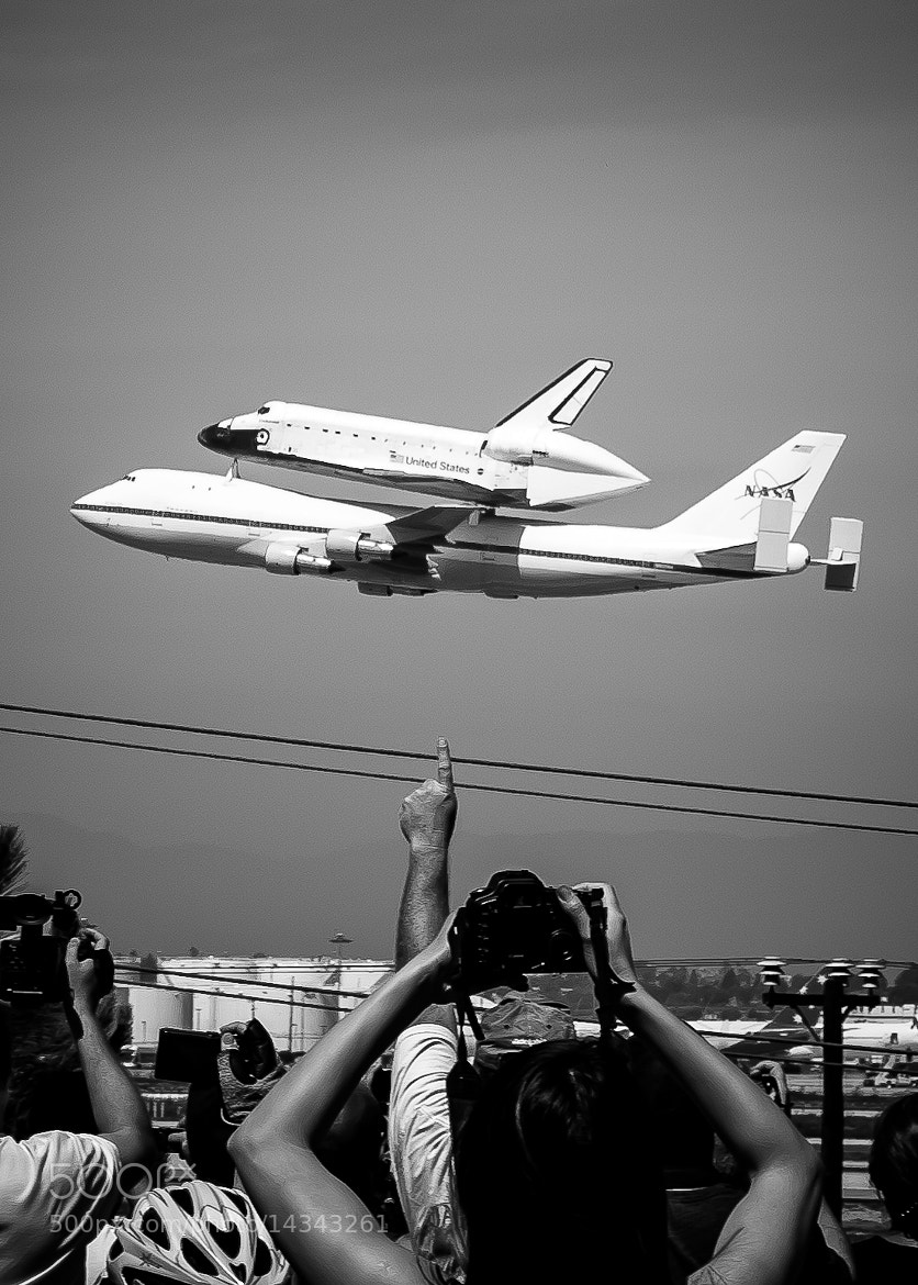 Photograph Space Shuttle Endeavour by Phu Son Nguyen on 500px