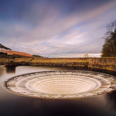 Lady Bower, Canon EOS-1DS, Sigma 17-35mm f/2.8-4 EX DG Aspherical HSM