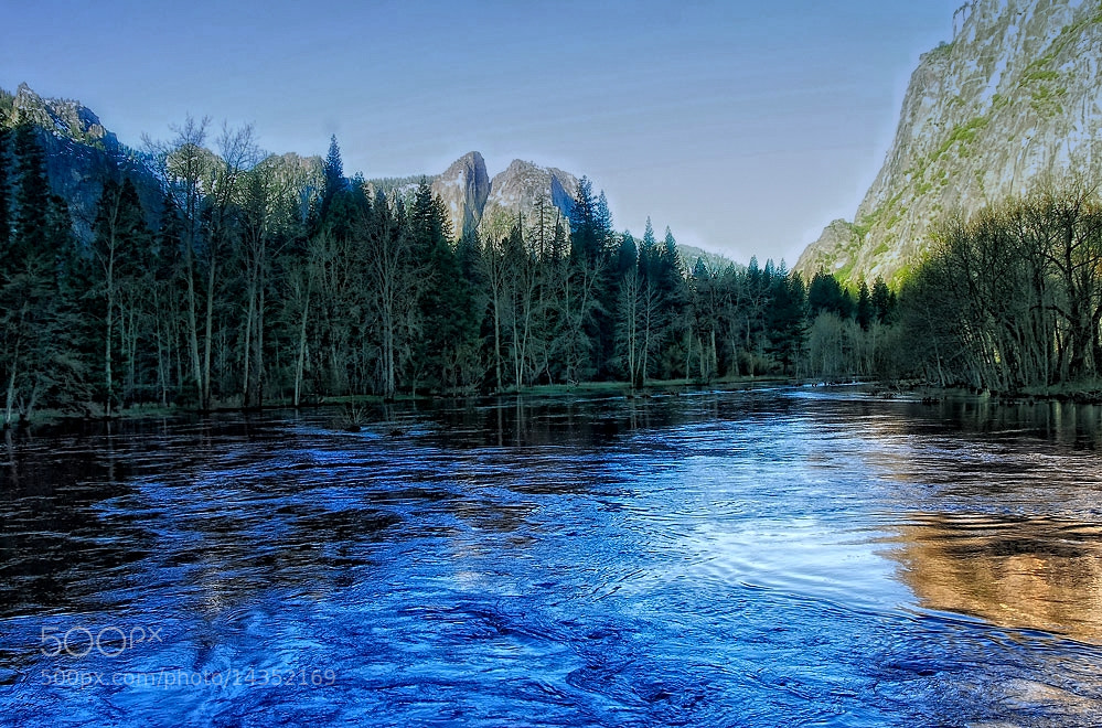 Photograph A chill in Yosemite by Greg McLemore on 500px