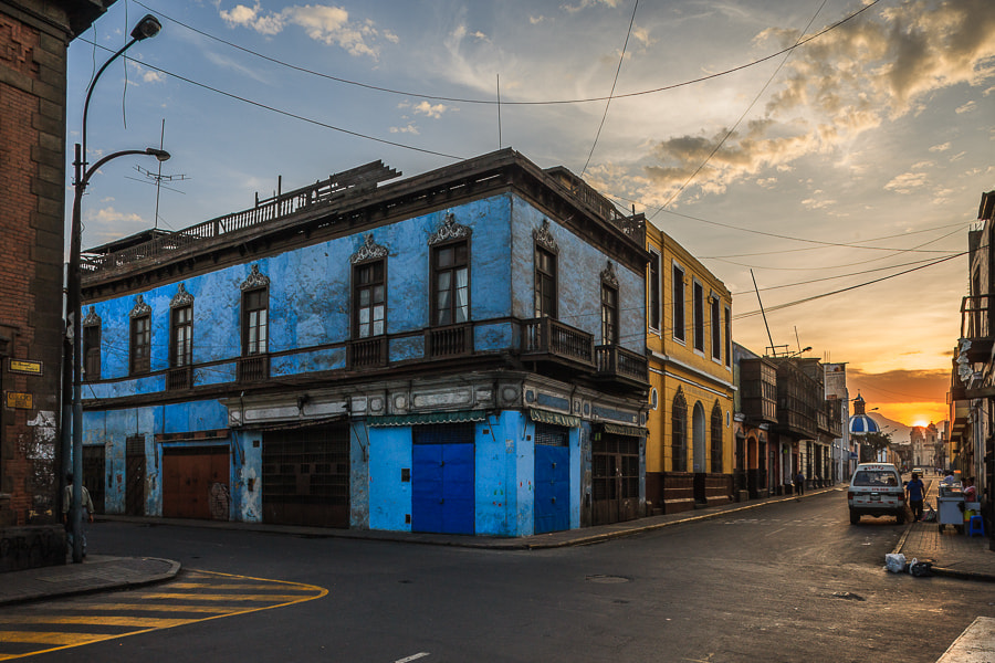 Photograph Morning in the Streets of Lima by Hans Kruse on 500px