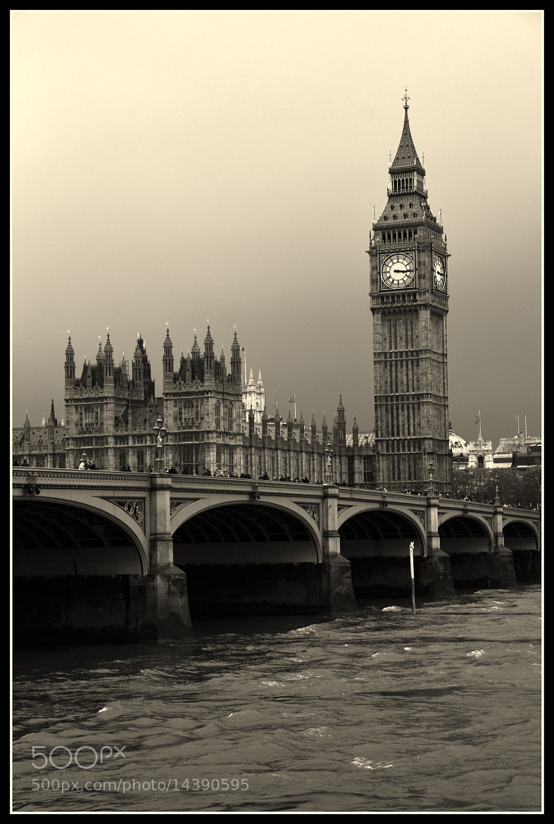 Photograph Big Ben BW by Claudia Gadea on 500px