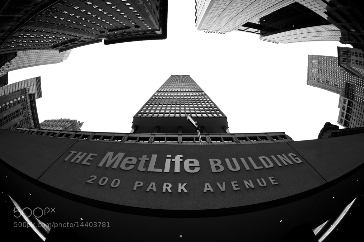 Photograph MetLife Building by Jutiar Salman on 500px