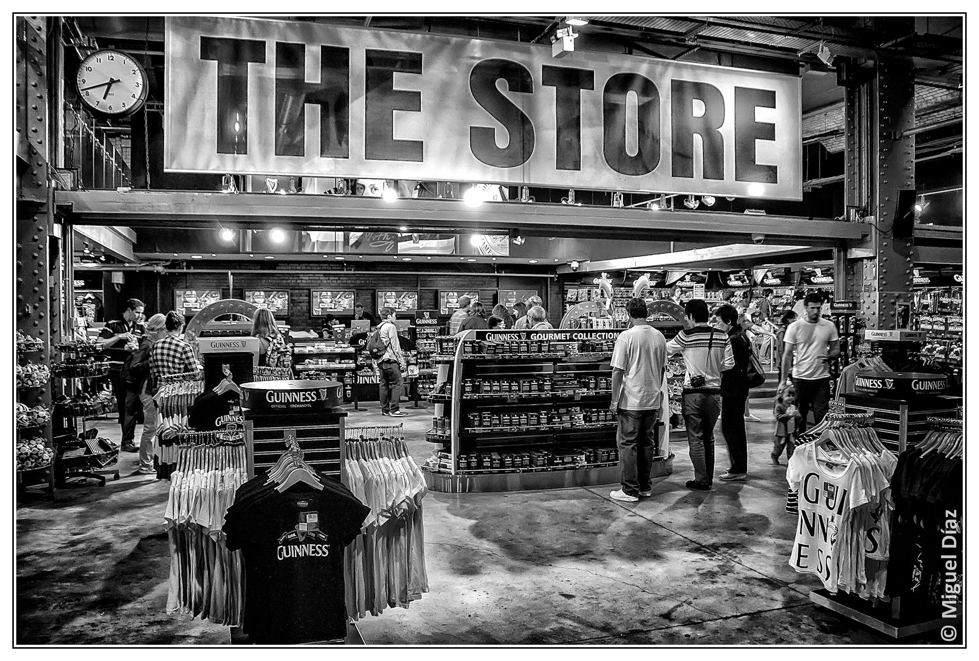 Photograph The Store (By Guinness) by Miguel Diaz on 500px