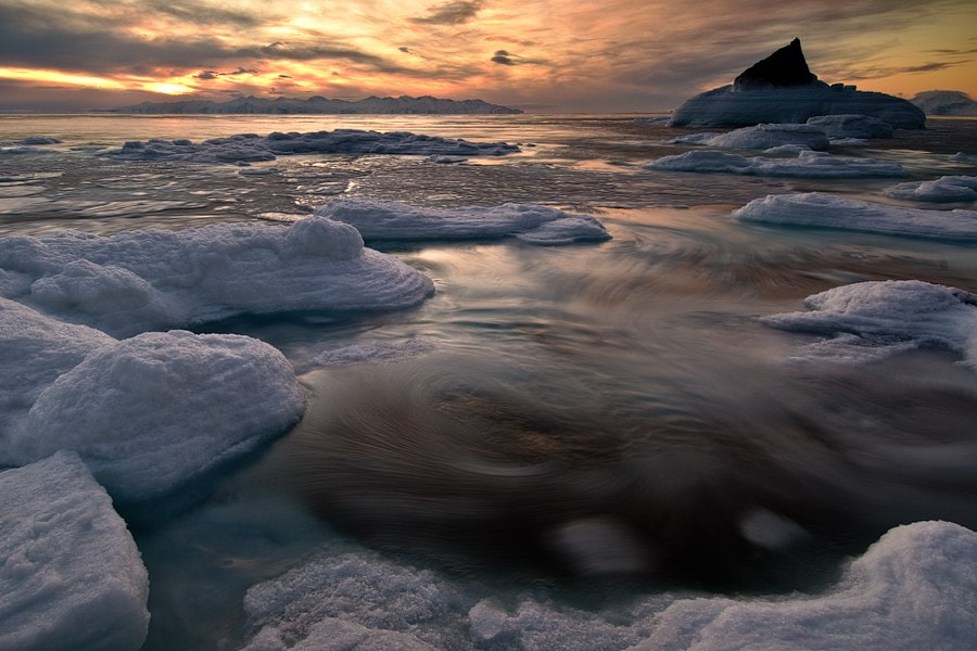 Photograph at the edge of the ice dancing by Ivan Kislov on 500px
