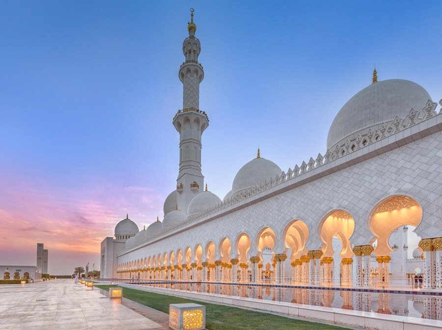 Sheikh Zayed Grand Mosque at Sunset by Joe Schmied on 500px.com