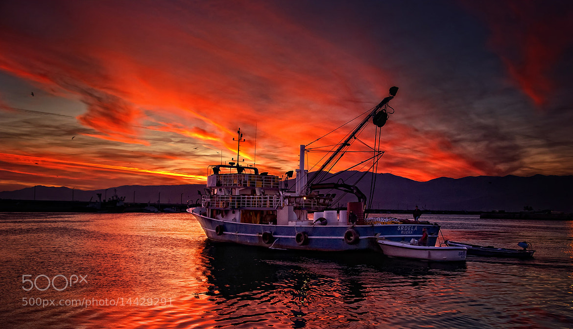 Photograph Fiery departure by Vasja Pinzovski on 500px