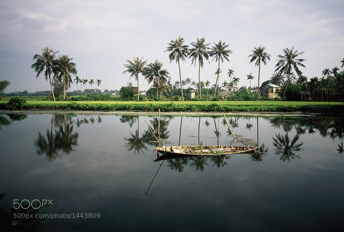 Photograph Hoi An boat by JoeH on 500px