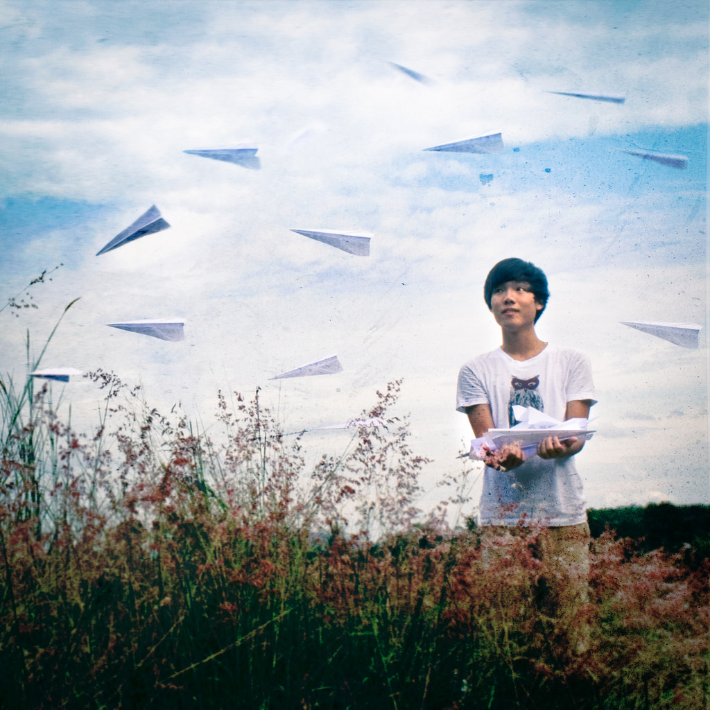 Photograph Paperplane by June Ng on 500px