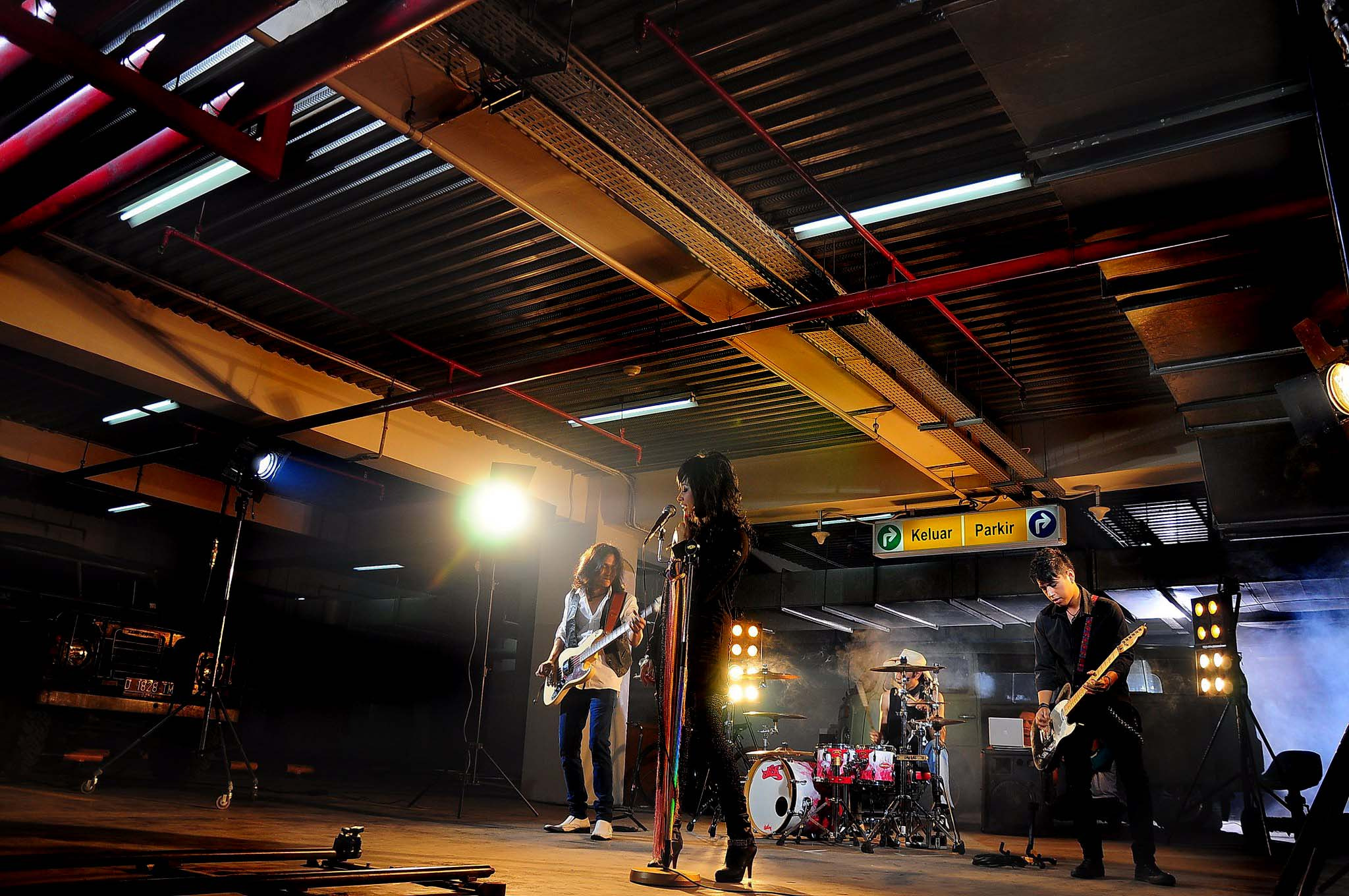 Photograph Show GIrls Rockin BAnd by Diro Jiyuu on 500px