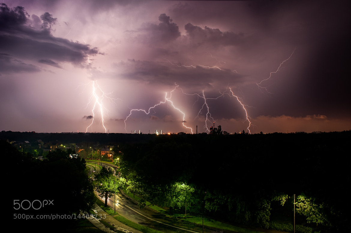 Photograph Thunder over city by Łukasz Kachnikiewicz on 500px