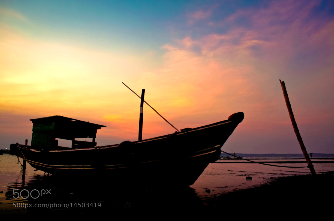 Photograph Old boat by Wawan Gilang on 500px