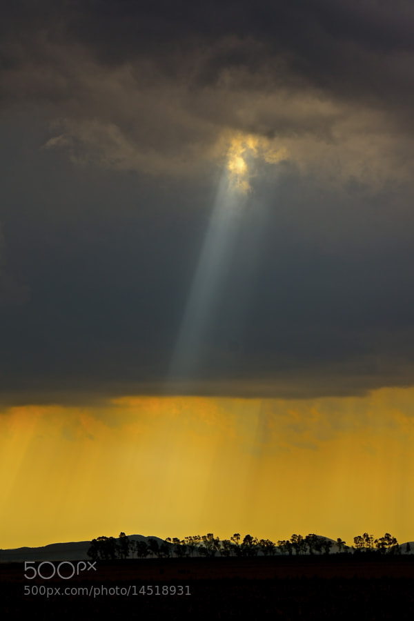Photograph rays of light by Danny du Plessis on 500px