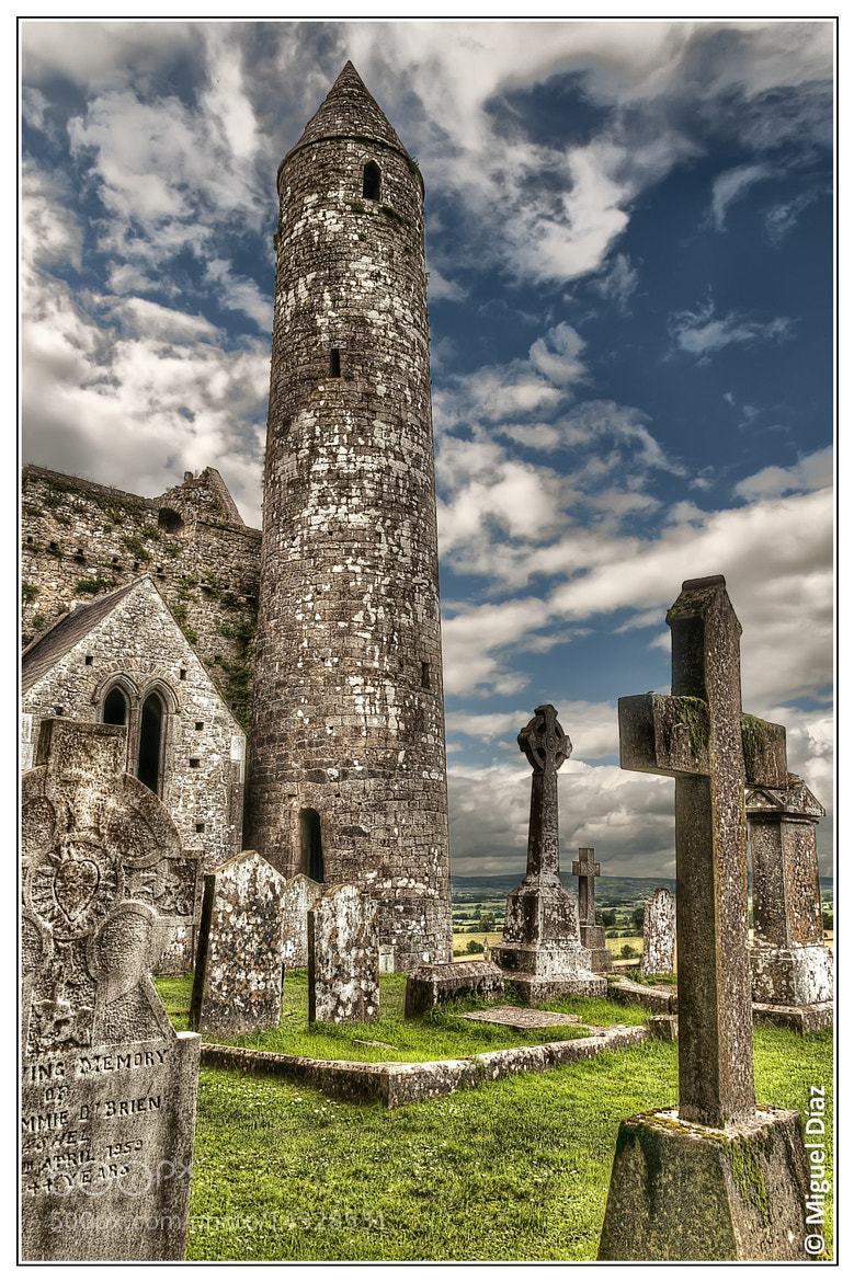 Photograph Roca de Cashel (Rock of Cashel) by Miguel Diaz on 500px