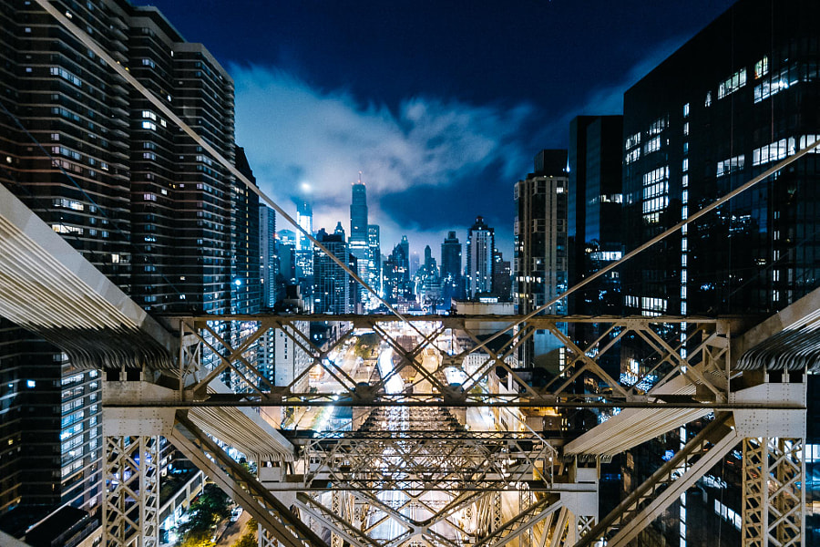 Alone with the city. by Humza Deas on 500px.com