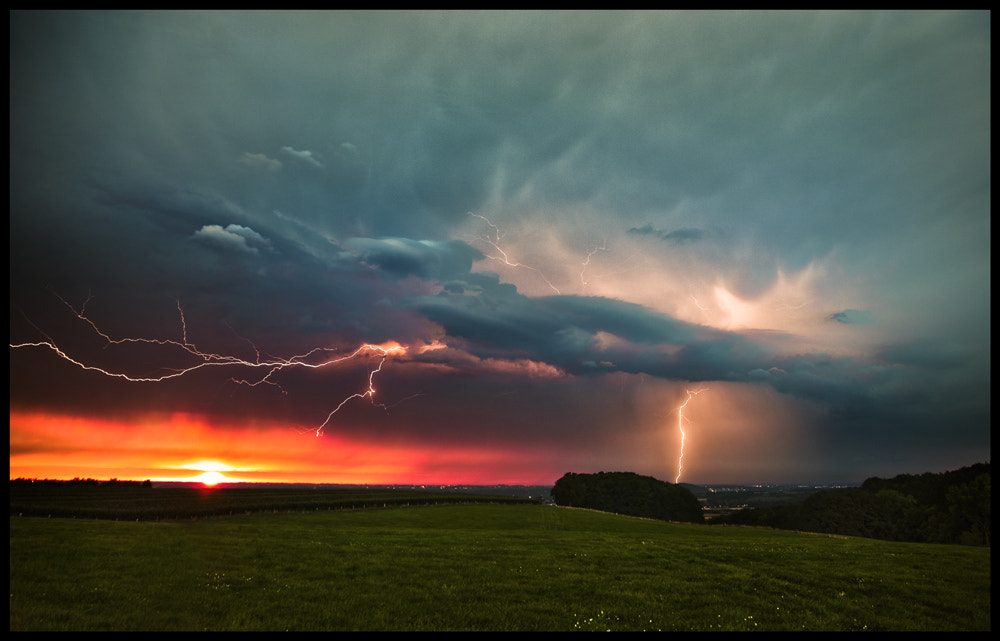 Photograph Sunset Lightning by Lars Prignitz on 500px