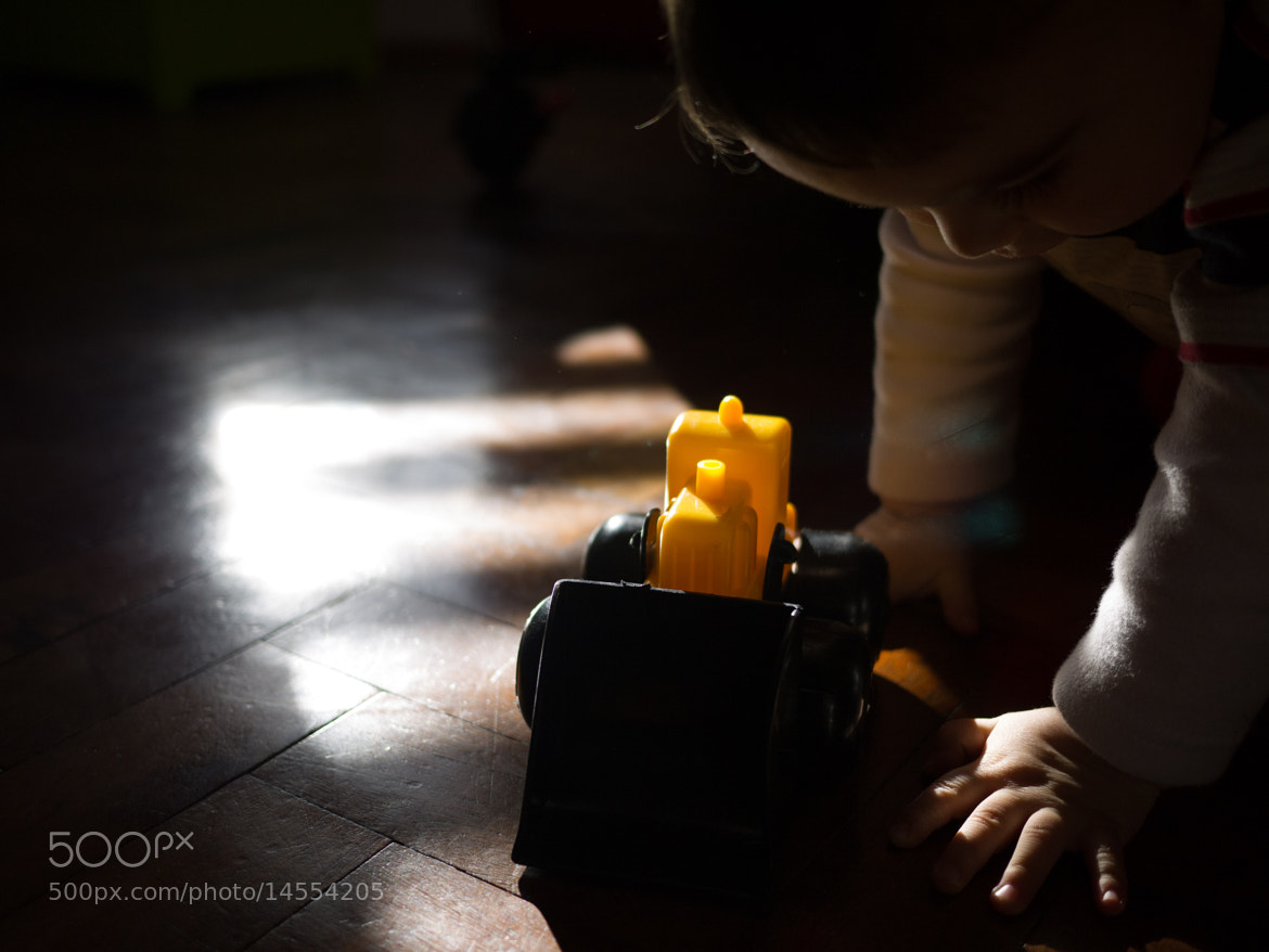 Photograph Plaything by Esteban Siravegna on 500px