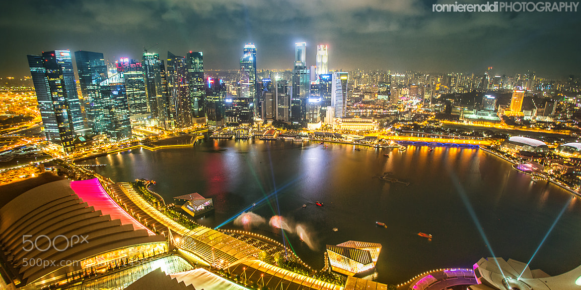 Photograph Marina Bay at Night by Ronnie Renaldi on 500px