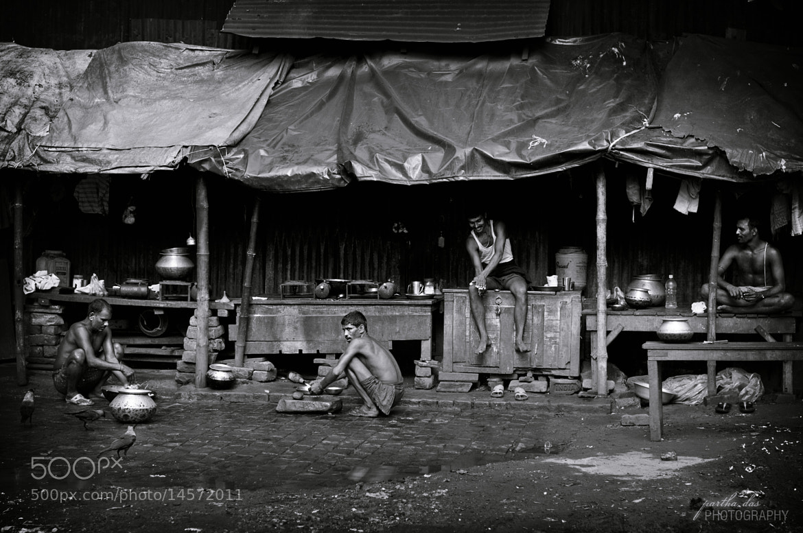 Photograph street life, sunday morning! by Partha Das on 500px