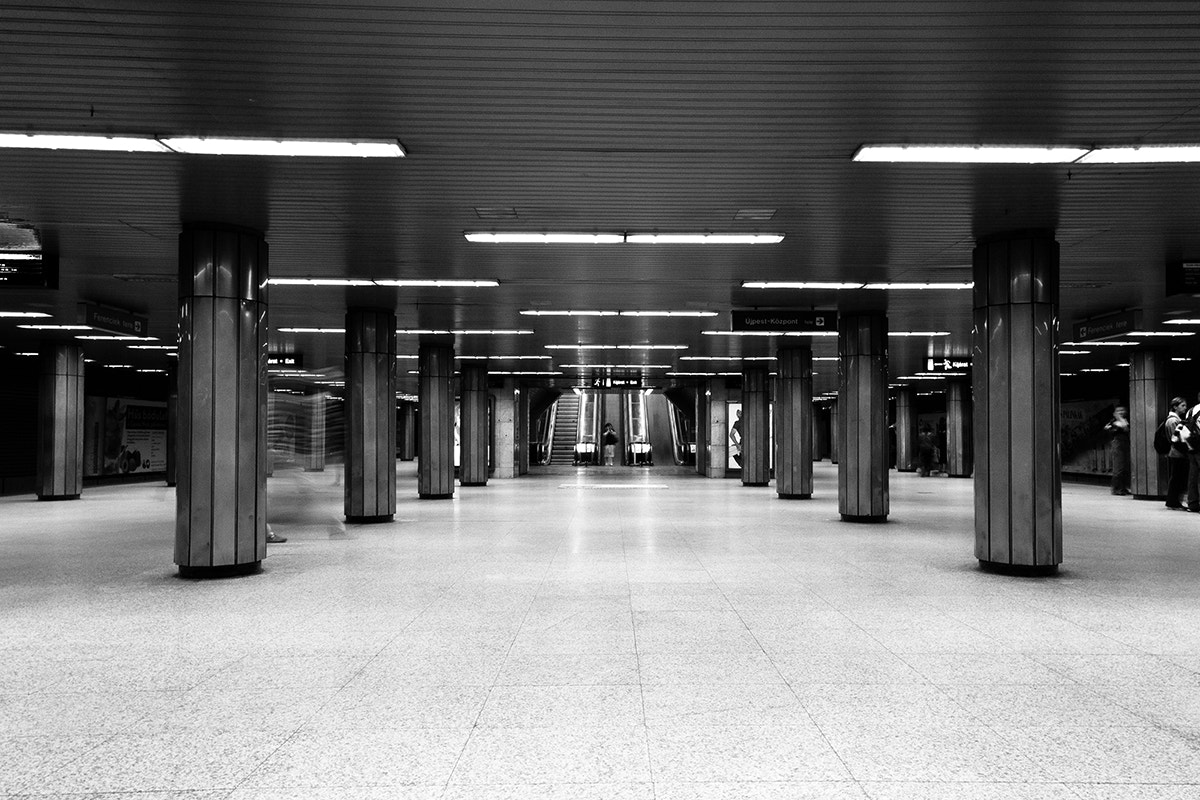 Photograph Sym-Metro by Domenik Schuster on 500px