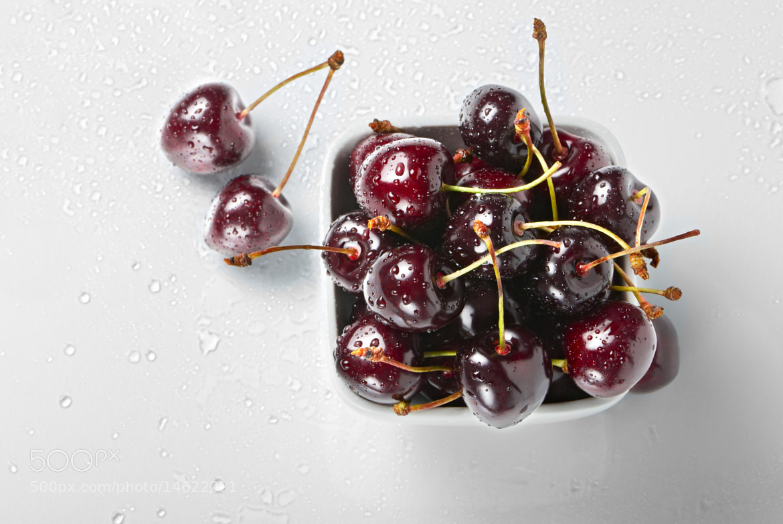 Photograph Fresh cherries  by Olinka Ukhal on 500px