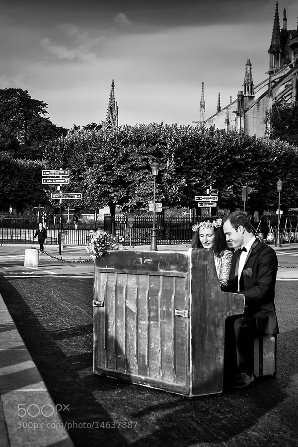 Photograph Couple au piano by Regards Parisiens on 500px