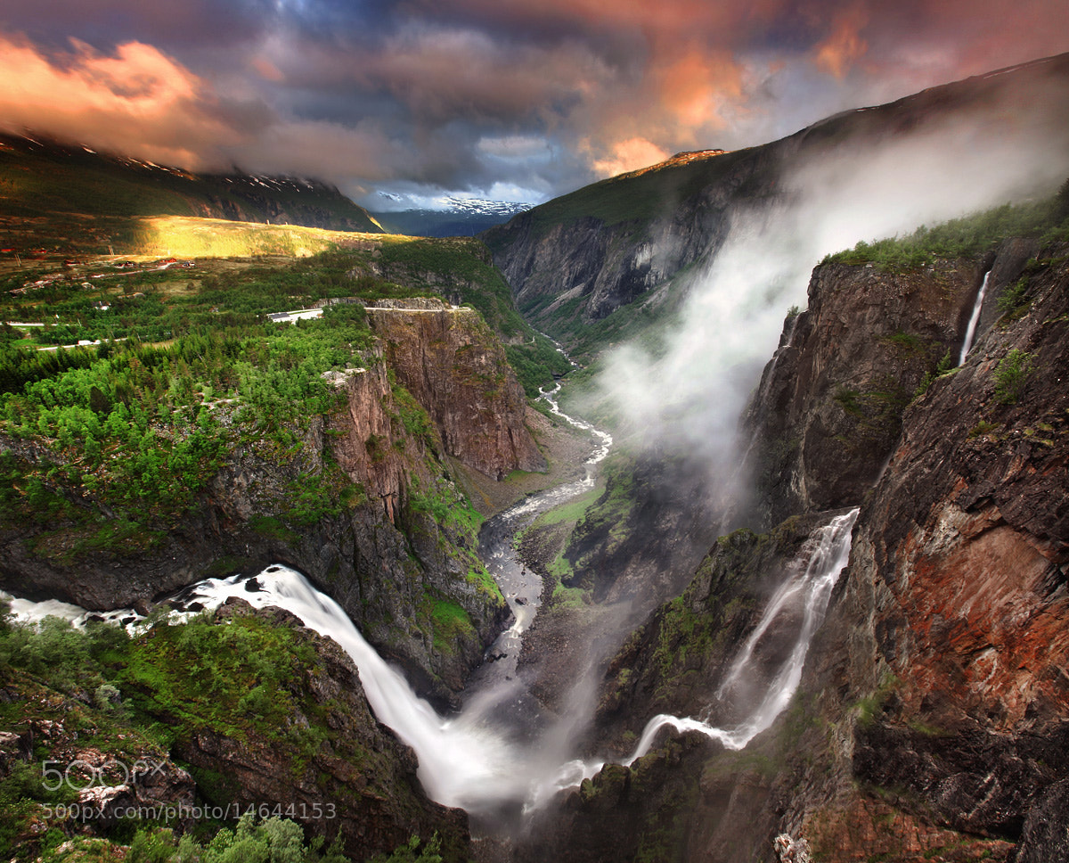 Photograph Vøringsfossen by Stephen Emerson on 500px