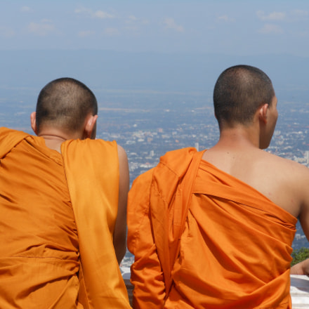Monks contemplating, Nikon COOLPIX S6150
