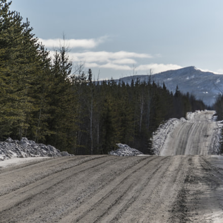 Winter Road to Mountain, Sony ILCE-7RM2, Sony E 18-200mm F3.5-6.3 OSS LE
