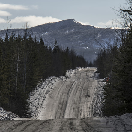 Mountain Road, Sony ILCE-7RM2, Sony E 18-200mm F3.5-6.3 OSS LE