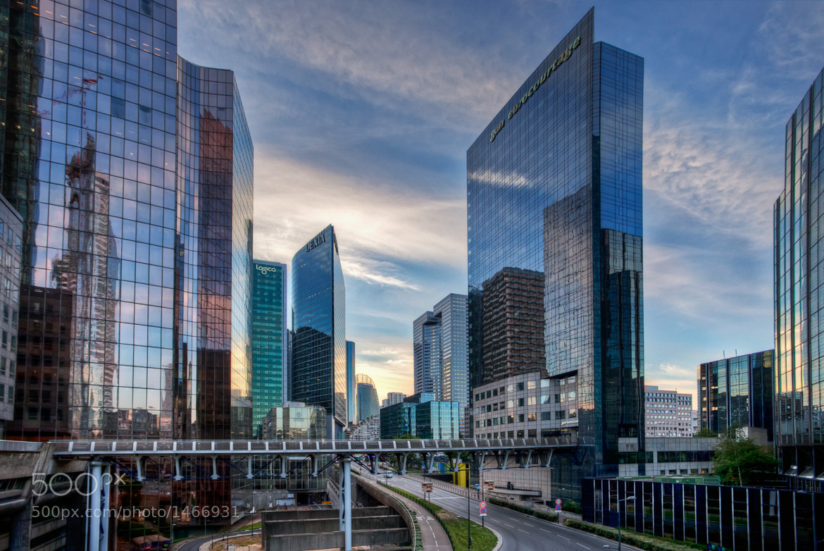 Photograph la Defense by Ramelli Serge on 500px