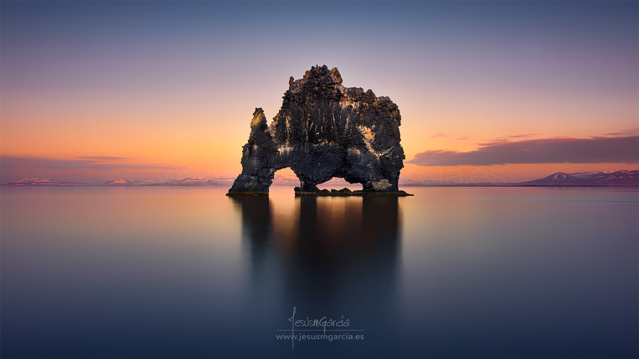 Hvitserkur - The stone rhino by Jesús M. García on 500px.com
