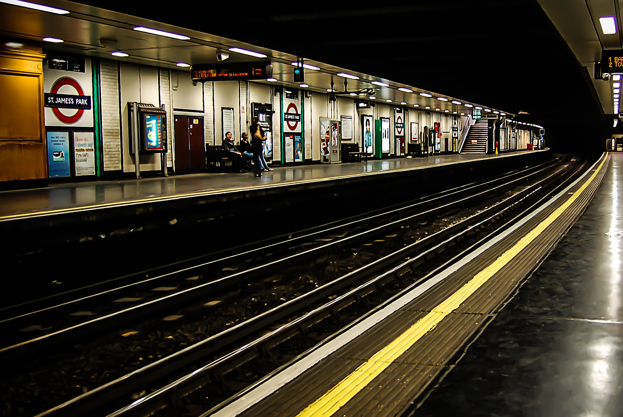 Photograph London - Underground station by Thomas Bechtle on 500px