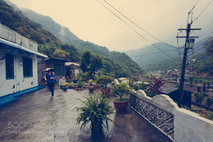 When you get lost in northern Taiwan, that's the kind of street scene that you're most likely to find.