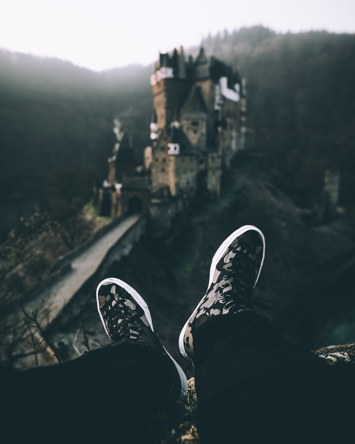 mornings at the castle. by Johannes Hoehn on 500px.com