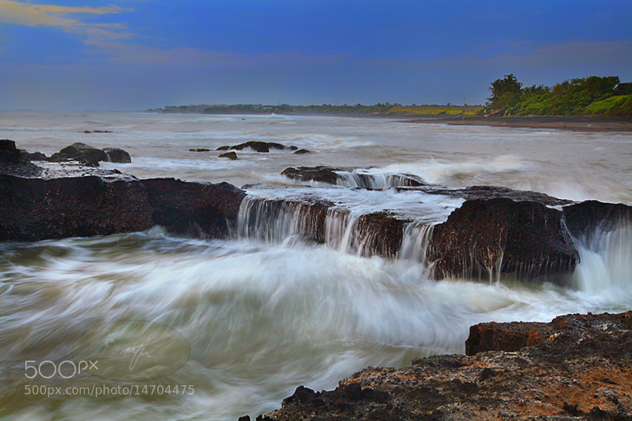 Photograph whistling waves by Ayie  Permata Sari on 500px