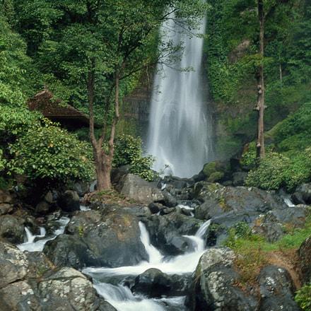 Git Git Waterfalls - Bali (Indonesia)