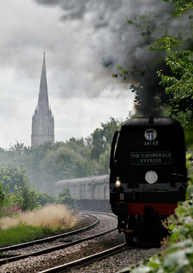 Photograph The Cathedrals Express by Tony Oliver on 500px