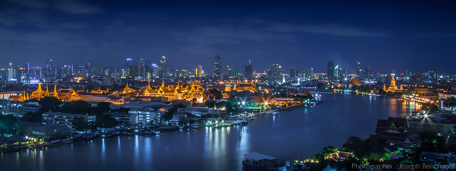 Photograph Bangkok, Thai Living on The River by Joseph Benchapol on 500px
