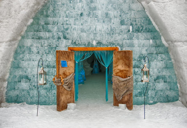 Entrance to the Ice Hotel, Quebec City by Janet Weldon on 500px
