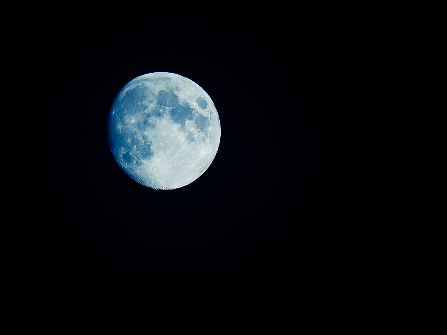 Photograph To the Moon by Alex Riss on 500px