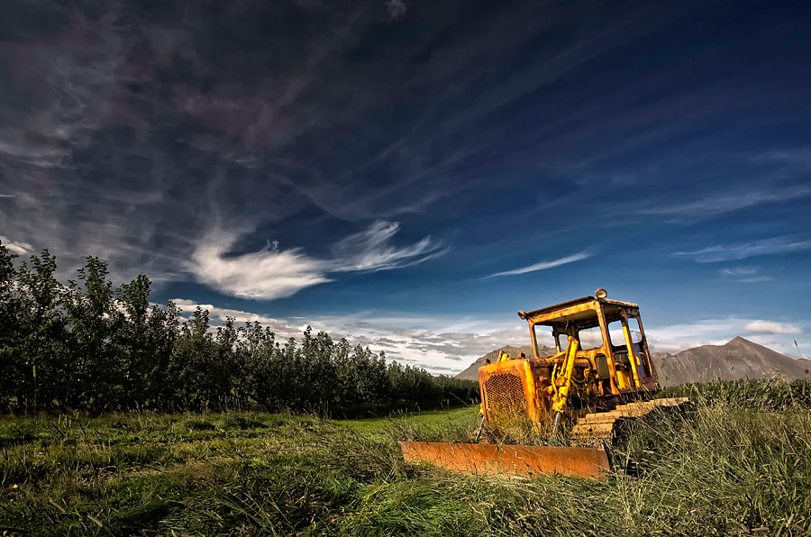 Photograph Bulldozer by Þorsteinn H Ingibergsson on 500px