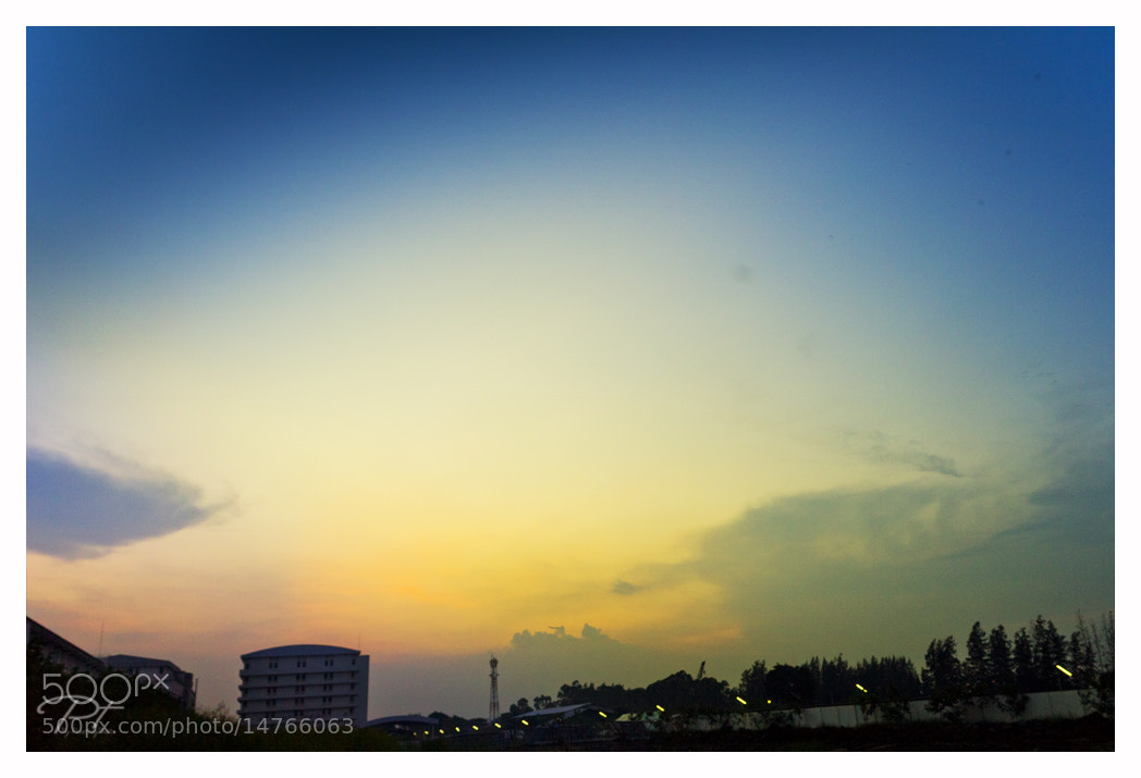 Photograph Blue sky by PT Sabayjaiphoto on 500px