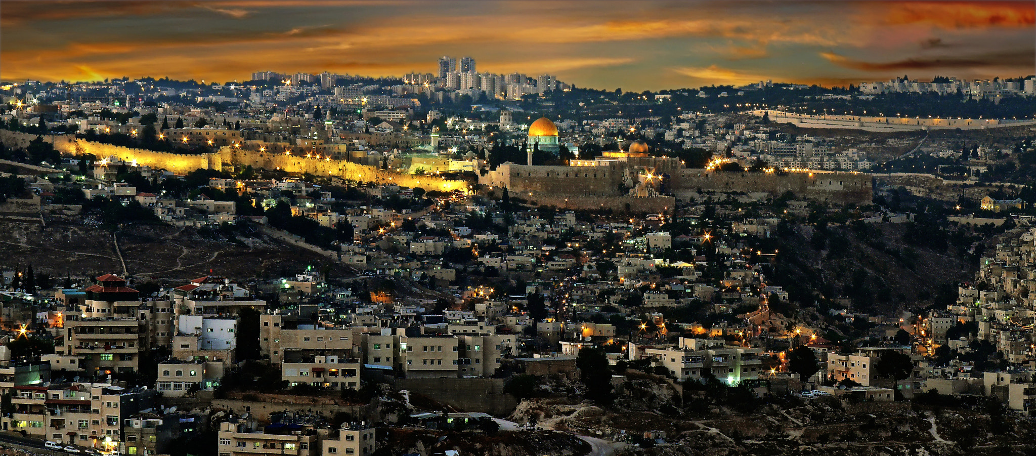 Photograph Jerusalem of gold by Alberto Arochas on 500px