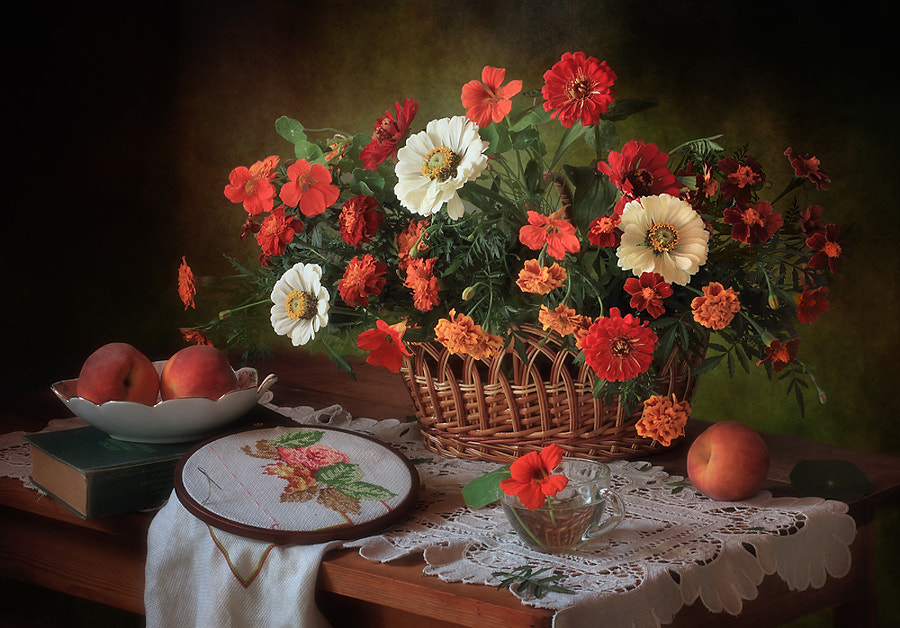 Still life with a basket of summer flowers, автор — Tatiana Skorokhod на 500px.com